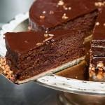 Pour Philippe Coudec, la tarte sacher se déguste au Stube.