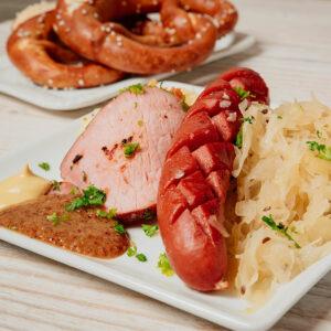 Sauerkraut choucroute Frankfurter Kassler